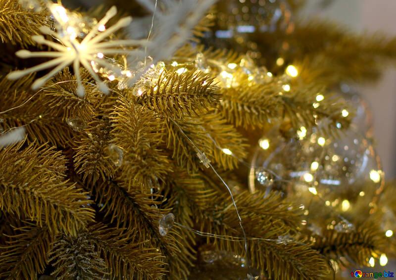 Christmas lights on a Christmas tree №47748