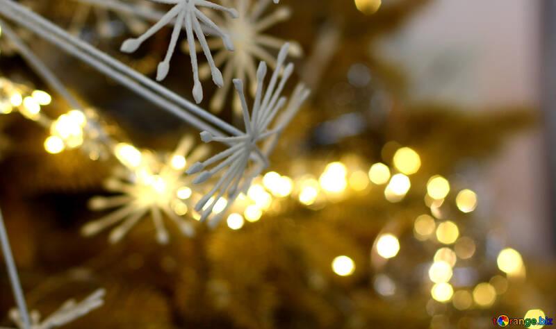 Lumières de Noël sur un arbre de Noël №47751