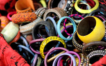 Color bracelets №48716