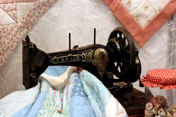 Old sewing machine №48813