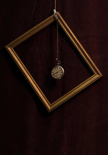 Antique clock in the frame of the picture №48622