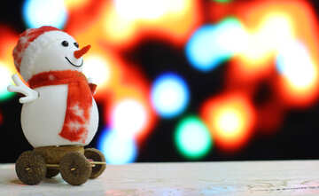 Snowman on a blurred background №48080