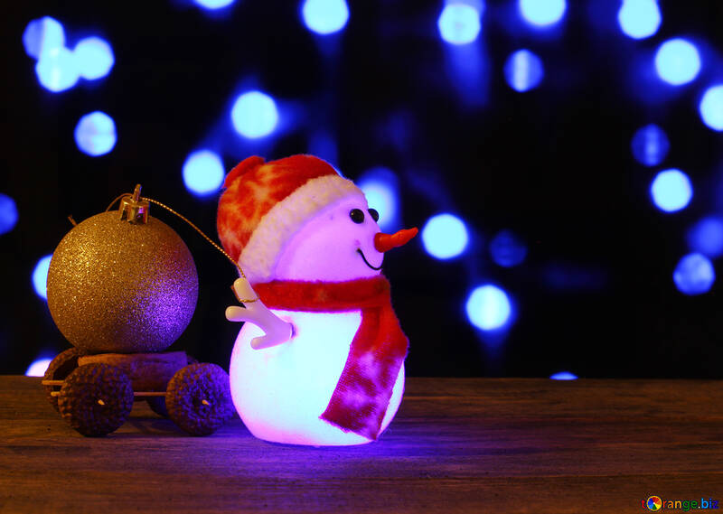 Christmas snowman pulling toy trolley №48112