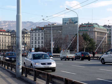Movement on the bridge in Geneva №49988