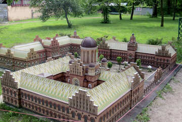 The model of the palace №49831