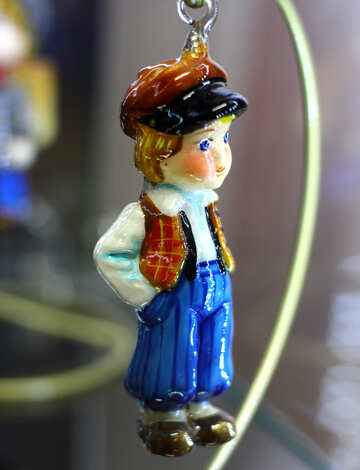 Елочное украшение мальчик из сказки №49545