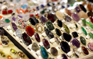 Selling rings with stones №49156