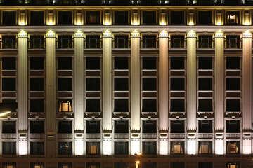 Parete di costruzione dell`edificio con illuminazione №49358