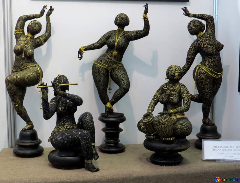 statues  figures antique №49023