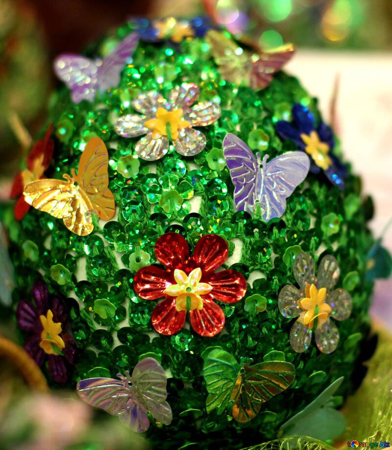 Пасхальное яйцо украшенное пайетками №49175