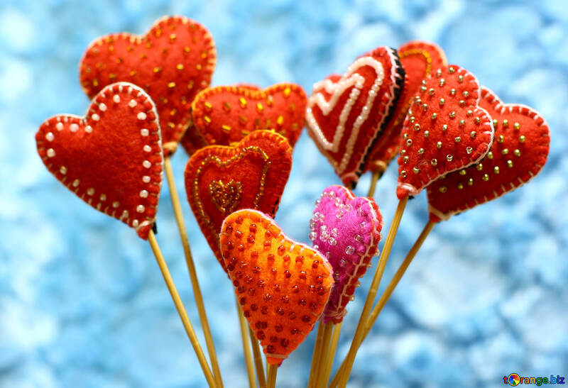 Hearts made of felt on the sky background №49196