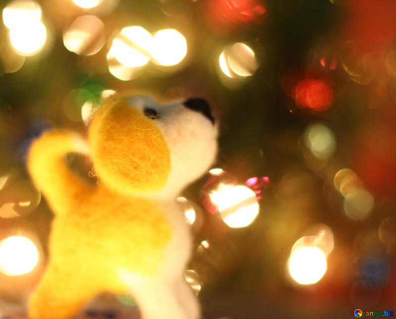Символ нового года 2018 года собака.  Щенок валяный из шерсти под новогодней ёлкой №49611