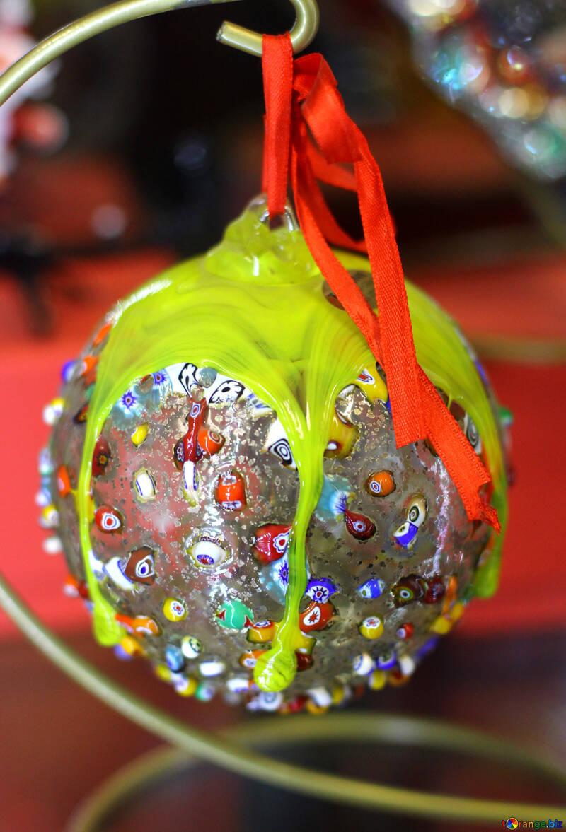 Яркий новогодний шар №49502