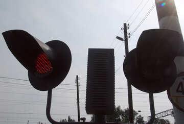 Rot  Verkehr Licht  an  Schiene Überfahrt №5876