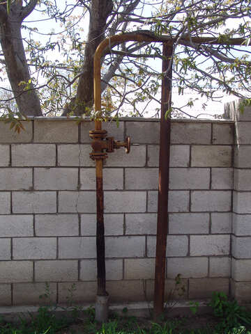 Gas pipe against the wall fence of private house №5347