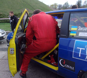 Racer intermeddle in rally car №5153