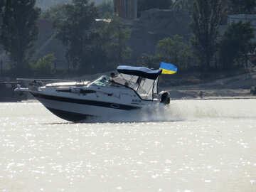 Boot an einem See №50740