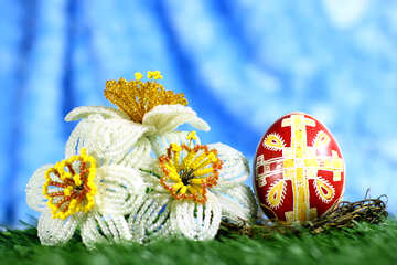 Easter  egg with a cross and some flowers №50289