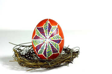 Easter  egg in nest decoration №50260