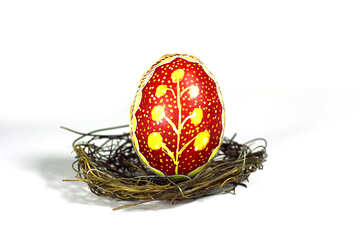 Red Easter egg  on nest №50258