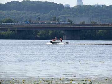 River jetski №50702
