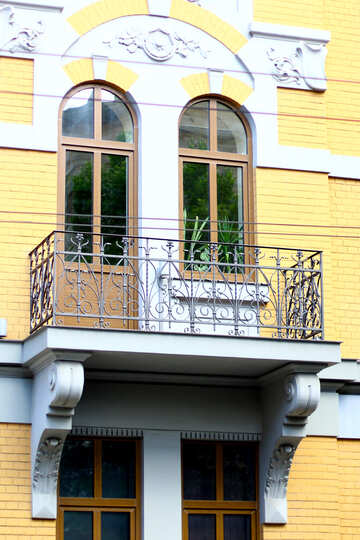 windows balcony yellow house №51743