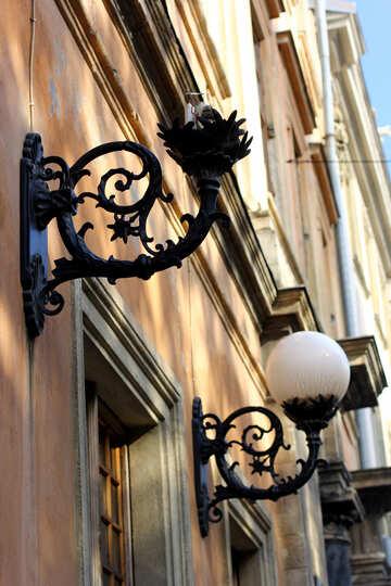 Streetlight on a building broken №51940