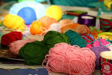 bundles of yarn №51044