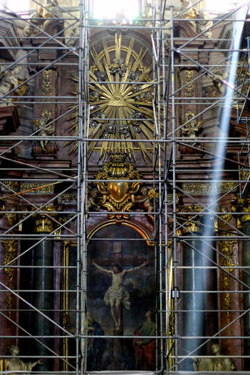 Religious image in scaffolding yellow cathedral altar №51847