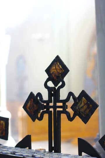 Oggetto ordinario croce №51682
