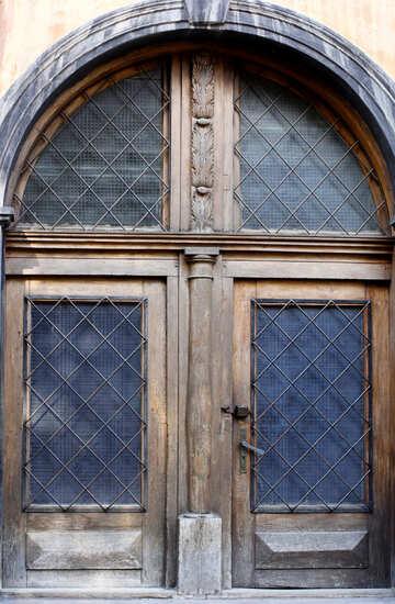 A brown door old №51943