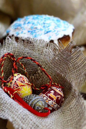 Basket full of easter  eggs and  cake №51225