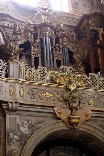 Un altare per organo di chiesa №51874