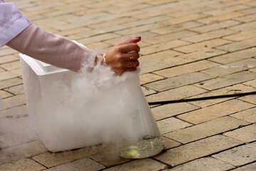 dry ice hands №51030