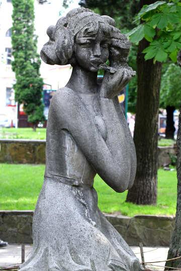 Eine Statue eines Mädchens №51802