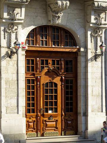 Дверь в замок или старый дом №52341