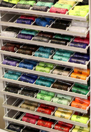 retail display of spools of thread №52630