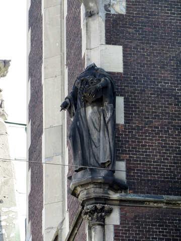 Estatua en esquina sin cabeza №52223