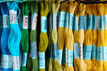 embroidery threads ranging from blue to yellow №52637