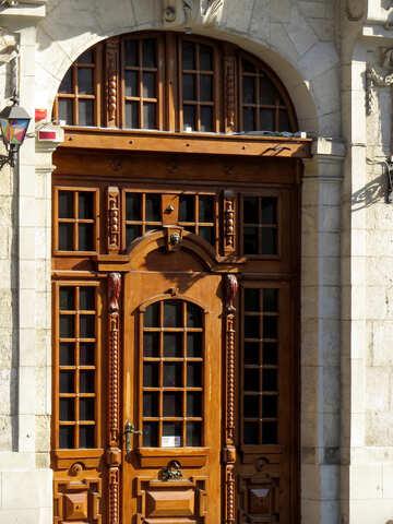 Wooden door  to cathedral №52342