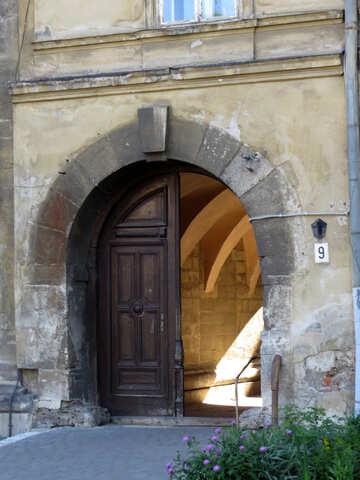 Aprire il cancello della porta №52168