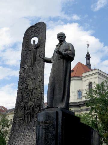 Estatua de hombre Shevchenko en un pedestal №52303