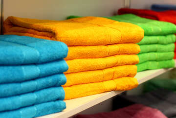 Towels on a shelf №52623