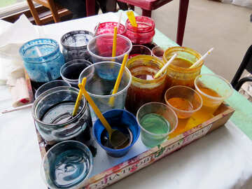 paint brushes in paint pots water color Glasses colorful paints №52393