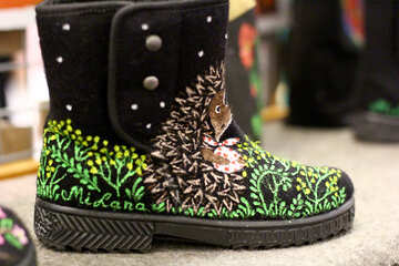 a boot with vines drawn on shoe №53125