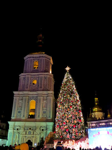church with christmas tree №54082