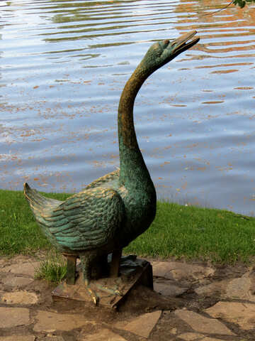Legends goose statue №54201