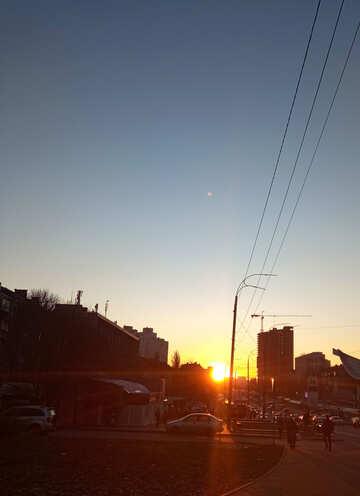 A sunset over a city street №54879