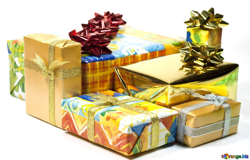Boxes   gifts  at  White  background №6728