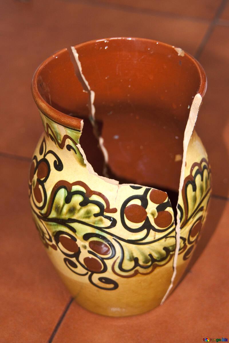 Broken  Vase №6047